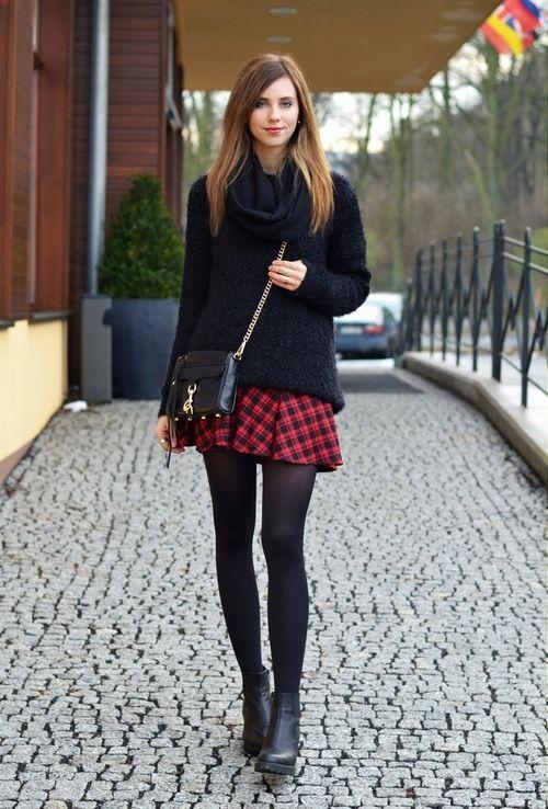 spodniczka w krate czerwona jesienno wiosenna