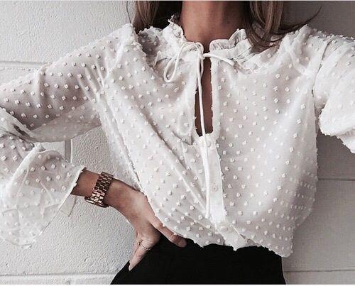 biala bluzka elegancka do spodniczki